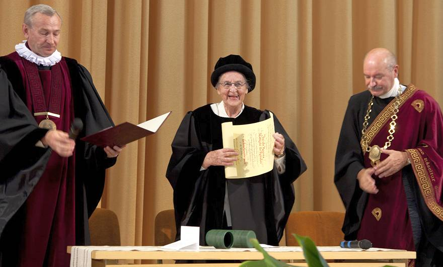 Dr. Jūratė de Rosales