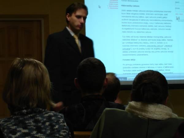 Tomas Baranauskas 2005-12-08 konferencijoje