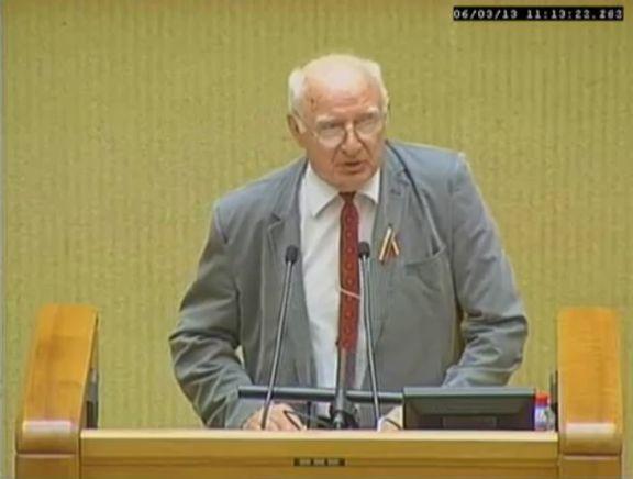 UNESCO.lt ir Samburis.Patirtis.org pirmininkas Dr. Romas Pakalnis — prakalba Sajudis.com - Lietsajudis.lt LPS 25-mečio iškilmėse Seime LRS.lt 2013-06-03 on.lt/id=405.