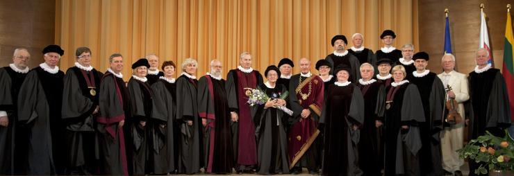 LEU senatas su Rosales 2011 m.