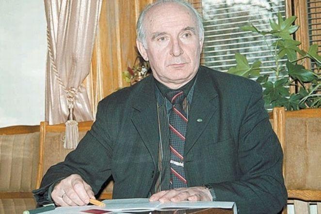 Dr. Romas Pakalnis