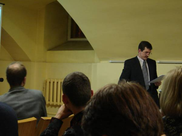 Algimantas Urbanavičius 2005-12-08 konferencijoje